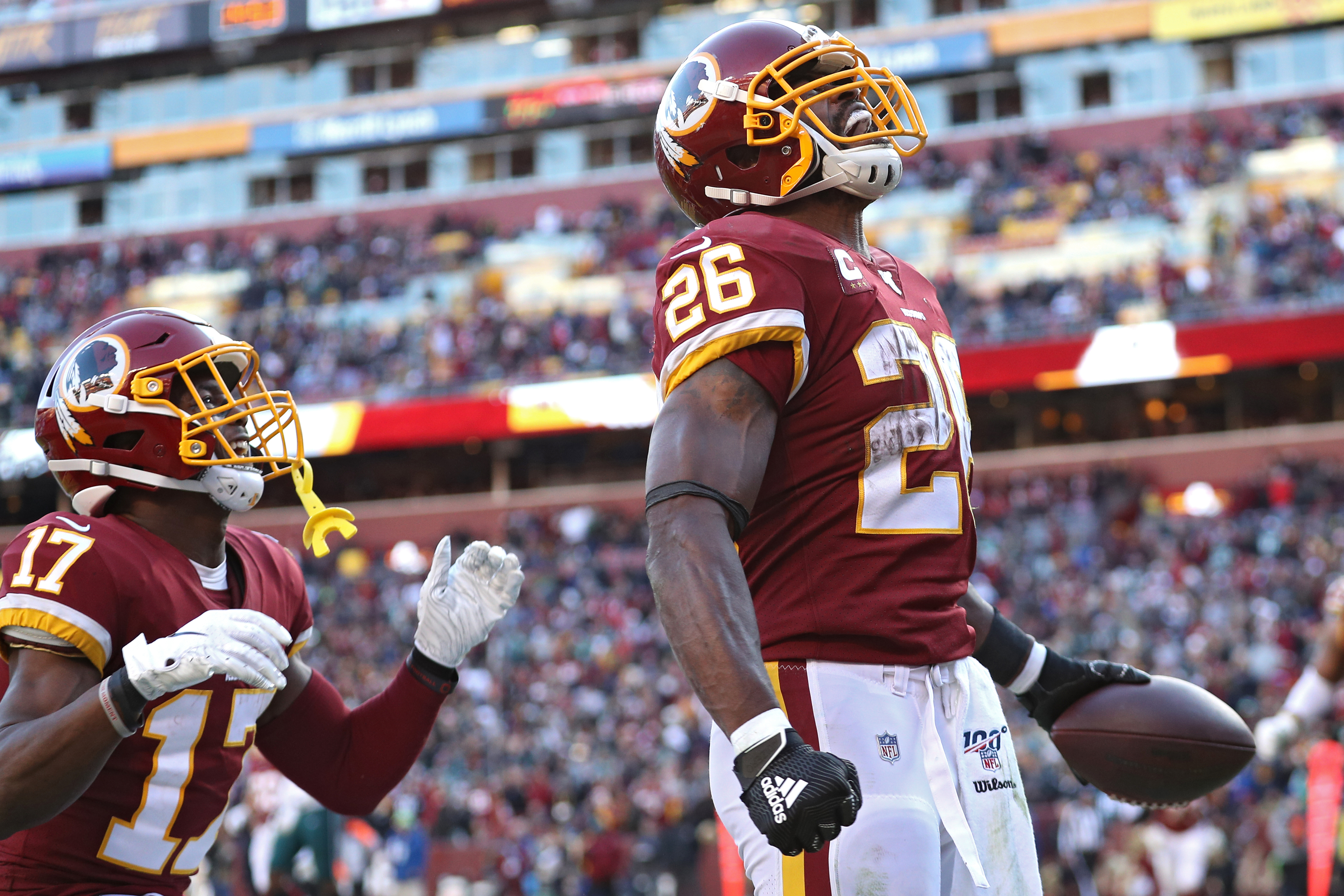Redskins exercise club option on Adrian Peterson's contract