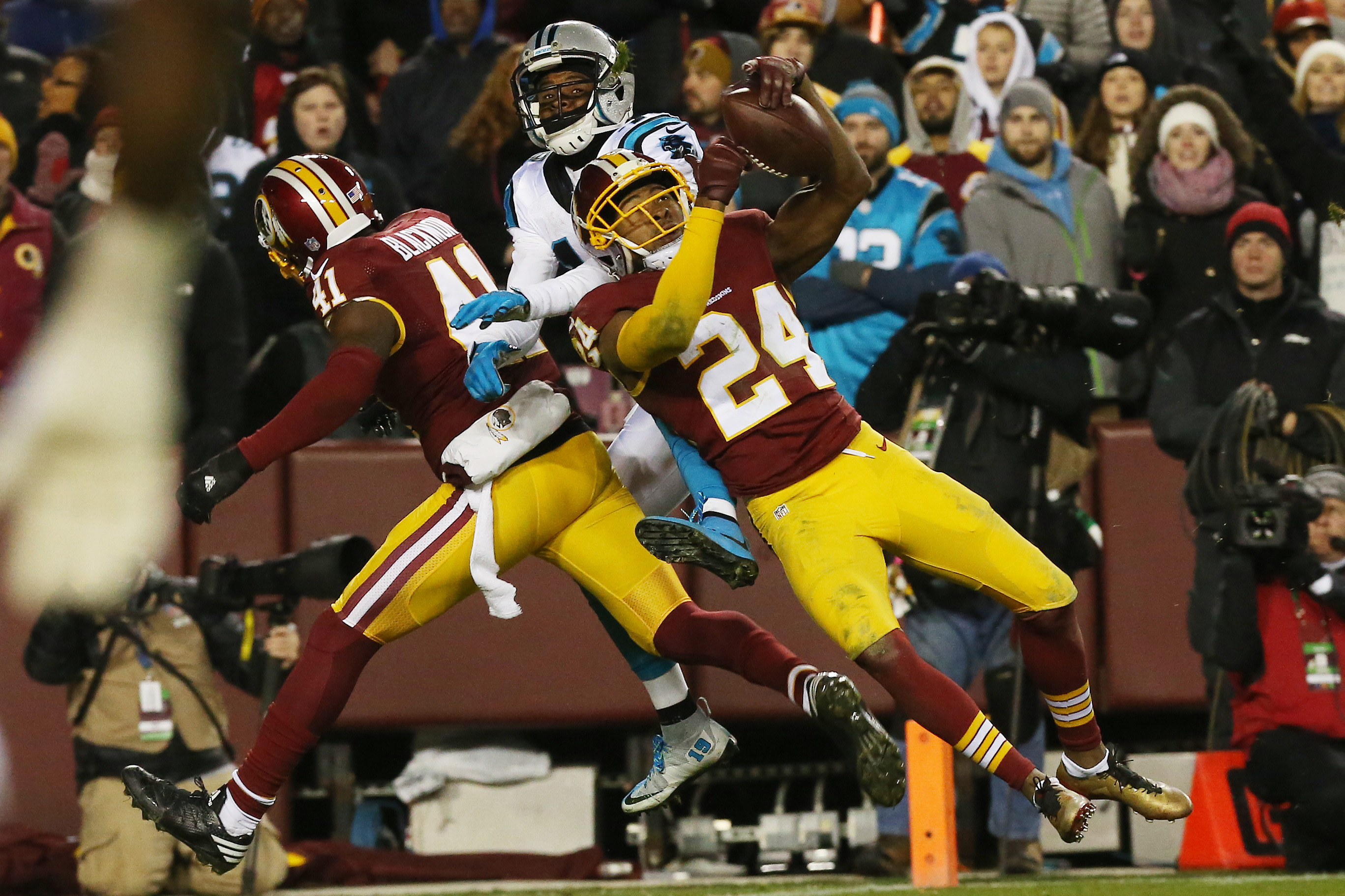 Predicting the results for the entire washington redskins 2017 season dec 19 2016 landover md usa washington redskins cornerback josh norman 24 attempts to intercept a pass intended for carolina panthers wide receiver voltagebd Images